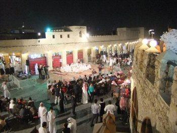 カタール民族舞踊.jpg