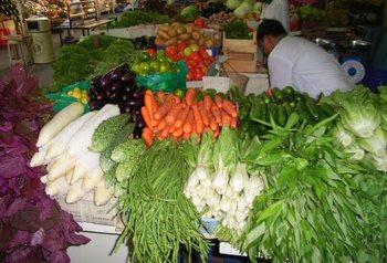 ドバイ野菜市場-3.jpg