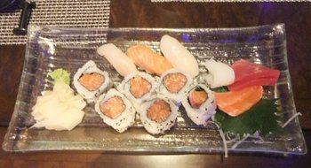 Nusantao Sushi.jpg