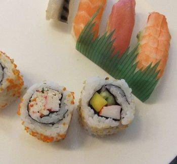 カルフールの寿司.jpg