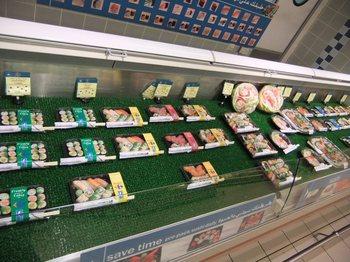 カルフールの寿司コーナー.jpg
