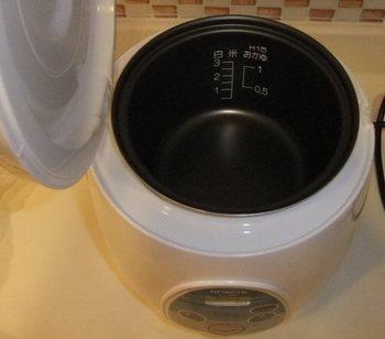 日立海外用炊飯器-2.jpg